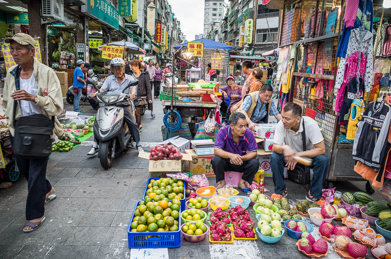Busy market in Taipei