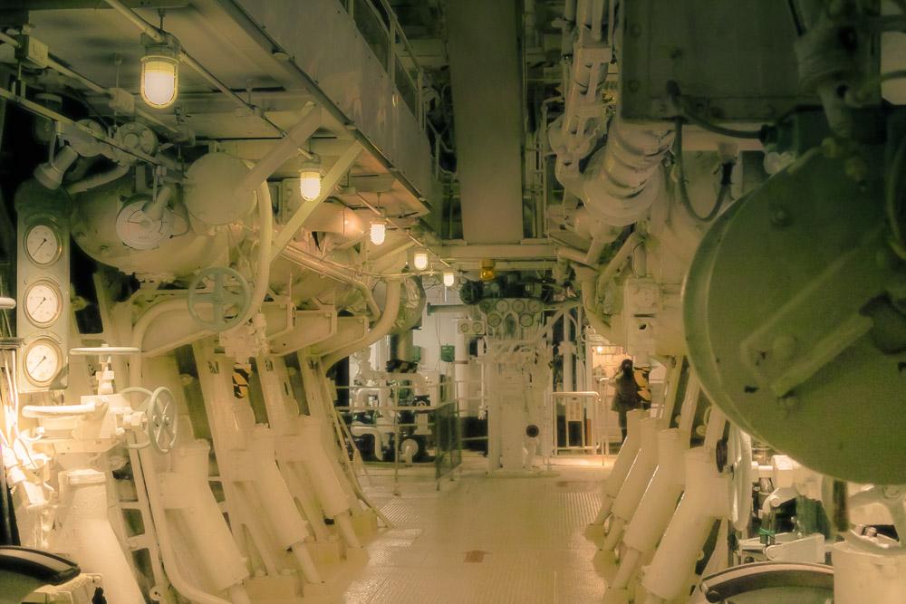 Hikawa Maru engine room