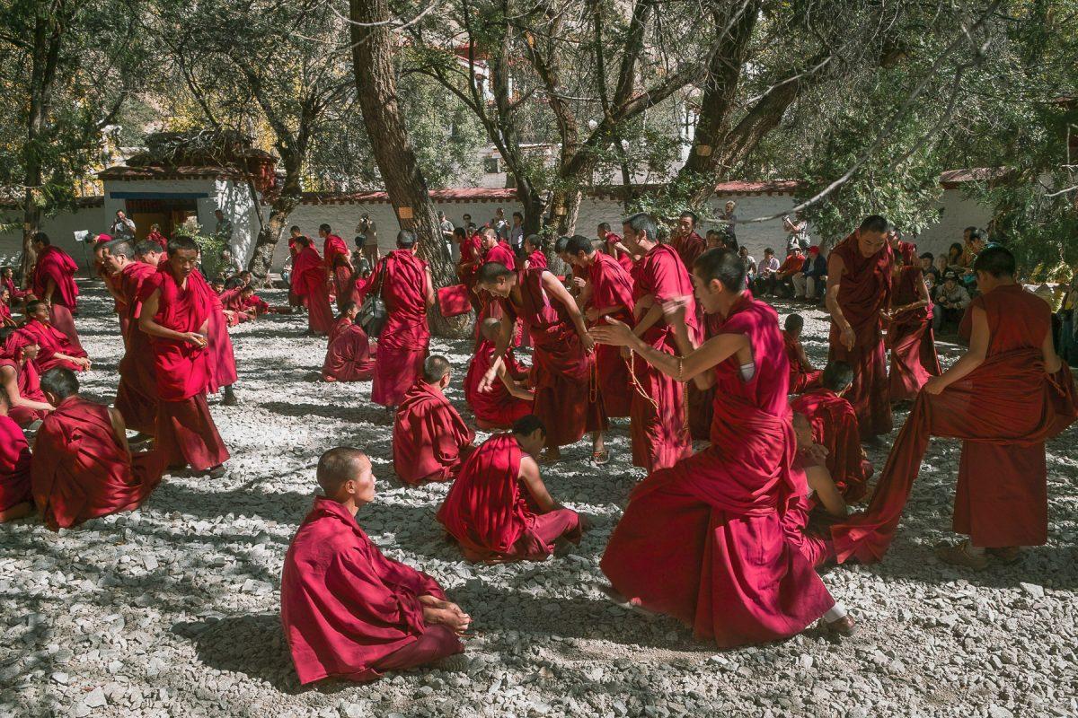 Tibet monks